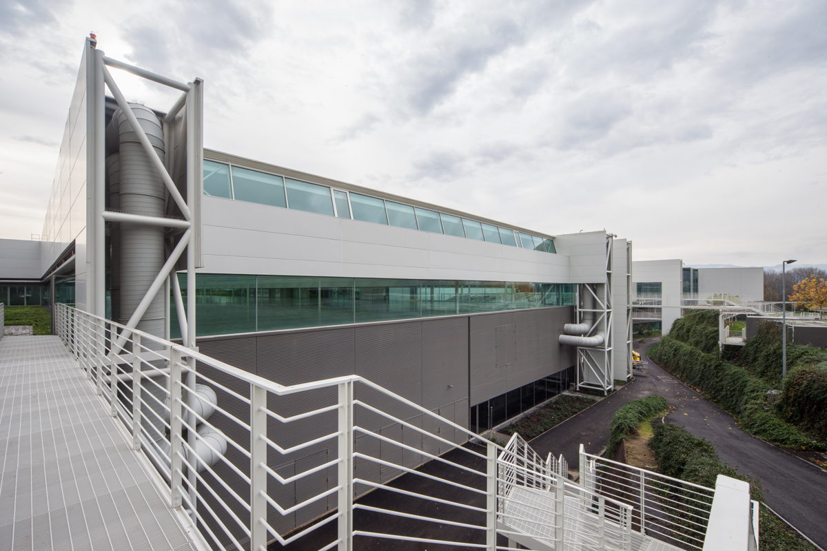 Prada group complesso industriale rivestimenti in alluminio