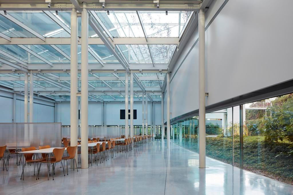 Prada Group industrial complex - Glazed roofs - Promo - Il pensiero ... 40bc2dc962e